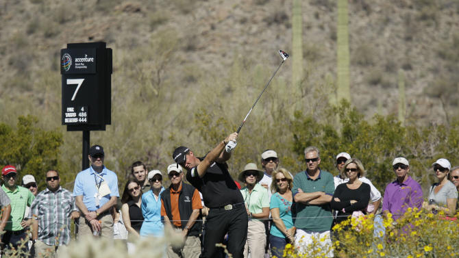 Sweden's Peter Hanson tees off on the seventh hole while playing Mark Wilson in the quarterfinal round during the Match Play Championship golf tournament, Saturday, Feb. 25, 2012, in Marana, Ariz.  (AP Photo/Eric Risberg)