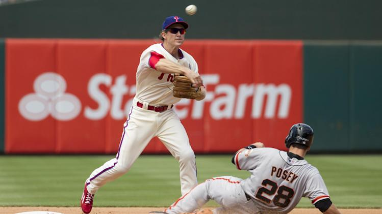 Hamels, Utley lead Phils over Giants 2-1