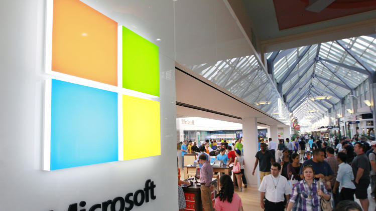 Microsoft tweaks Windows 8, blamed for PC slump