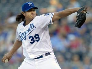 Mendoza pitches Royals past Indians, 5-2