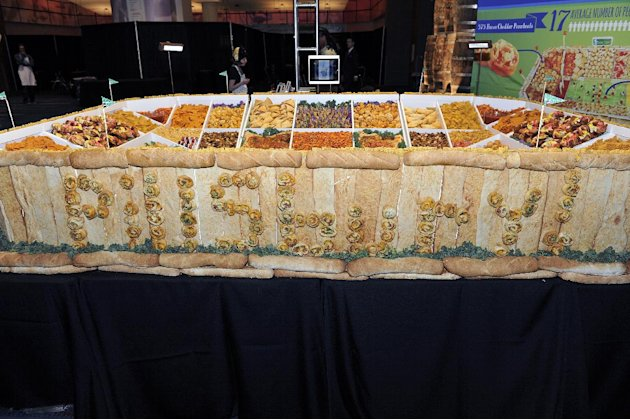 "IMAGE DISTRIBUTED FOR PILLSBURY - Pillsbury unveiled its Ultimate Snackadium at the Taste of the NFL's ""Party with a Purpose"" in celebration of Americans' love of game day entertaining on Saturday, Fe"