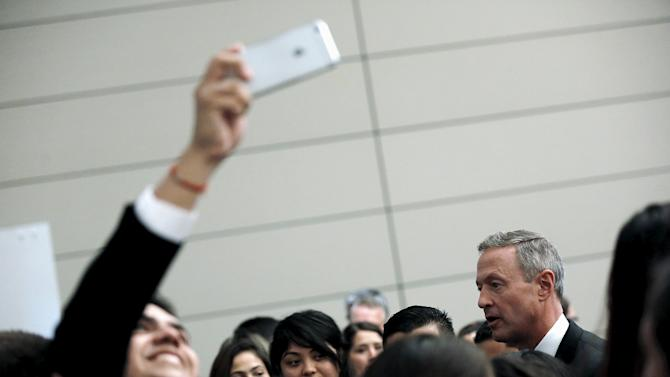 O'Malley greets attendees after delivering remarks at a Congressional Hispanic Caucus Institute presidential candidates forum in Washington