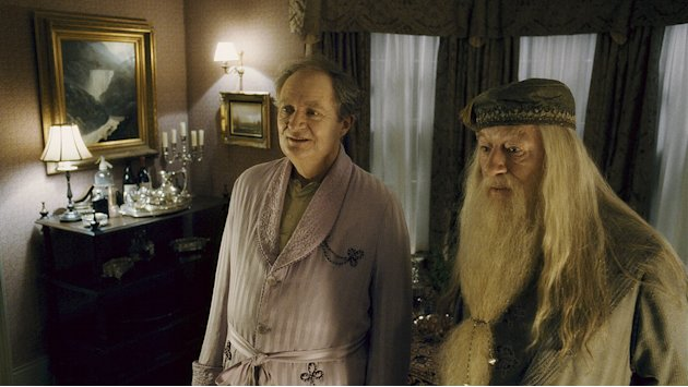 Harry Potter and the Half Blood Prince Production Photos Warner Brothers 2009 JIm Broadbent Michael Gambon