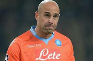 Napoli's Reina flattered by Barcelona link