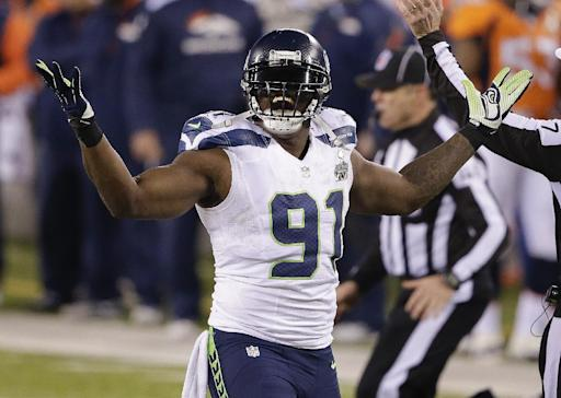 Seattle Seahawks release DE Chris Clemons