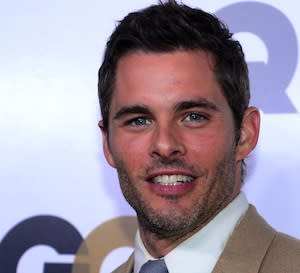 James Marsden Joins Elizabeth Banks in 'Walk of Shame'