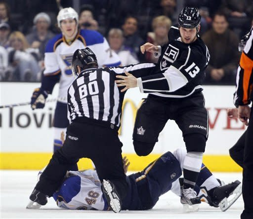LA Kings roar back from 3 goals down to stun Blues
