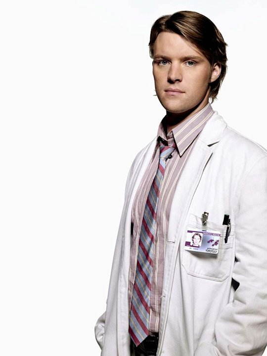 Jesse Spencer stars as Dr. Robert Chase on the 4th season of House.
