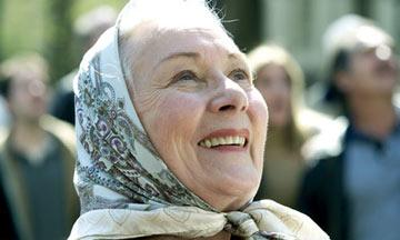 Rosemary Harris in Columbia Pictures' Spider-Man 2