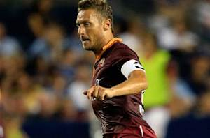 Totti: Roma must offer deal