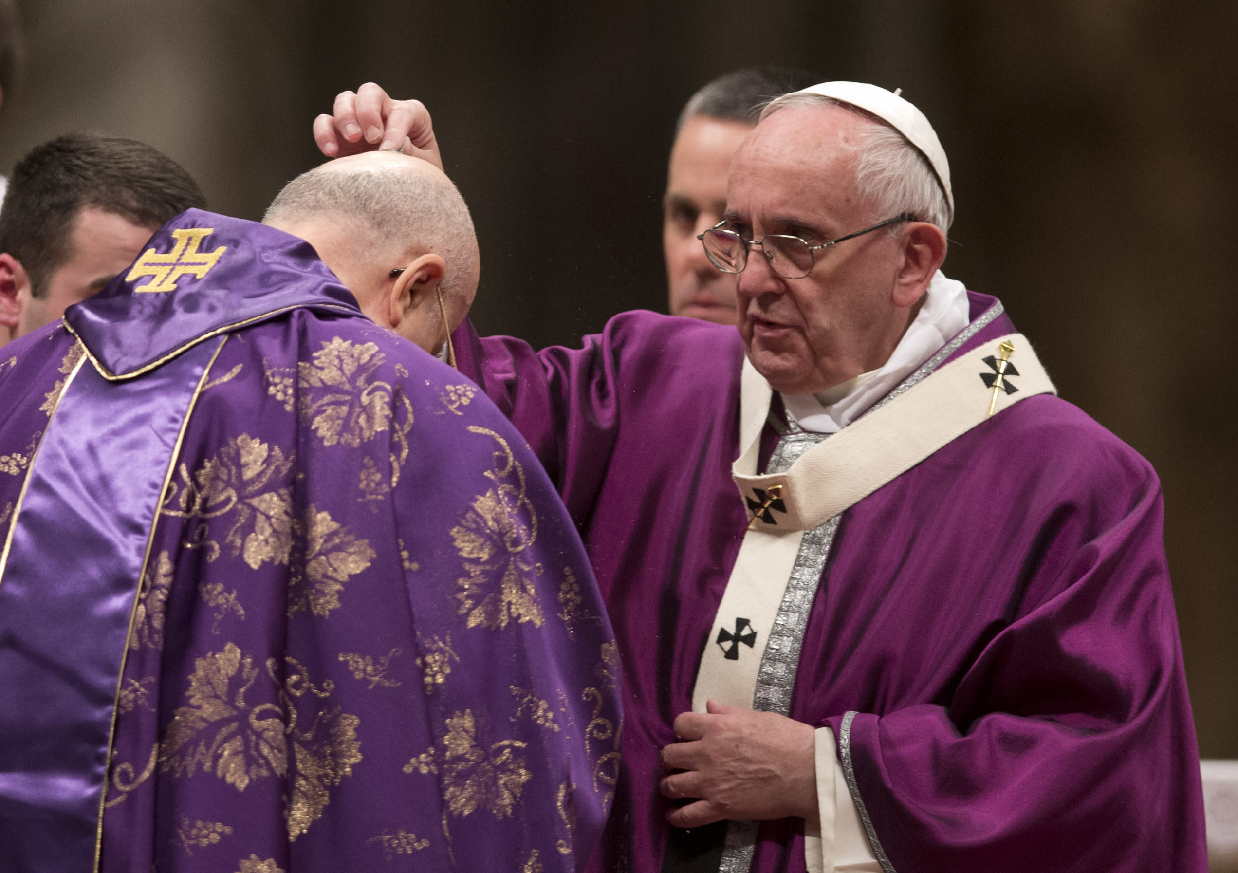 Pope on Ash Wednesday: charity's not to please ourselves