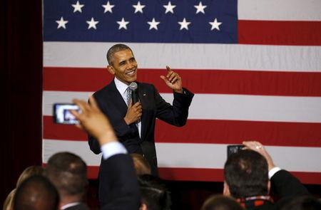 In Illinois homecoming, Obama calls for improved tone in U.S. politics