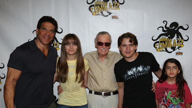 IMAGE DISTRIBUTED FOR STAN LEE'S COMIKAZE EXPO – Lou Ferrigno, Paris Jackson, Stan Lee, Prince Michael Jackson, and Prince Michael Jackson II pose for a photograph at Stan Lee's Comikaze Expo on Sunday, Sept. 16, 2012 in Los Angeles.  (Photo by Tom Hinckley/Studio 1501 Inc./Stan Lee's Comikaze Expo/AP Images)