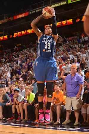 Taurasi lifts Phoenix to 82-80 win over Lynx