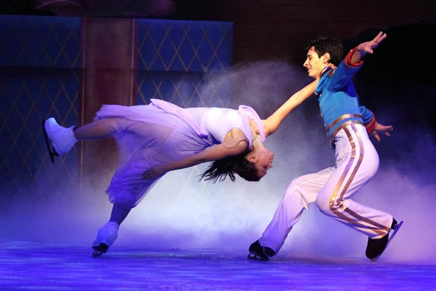"One of the many complex stunts performed in ""The Nutcracker On Ice"", all of which take place in a space four times smaller than the standard competition arenas where these are usually attempted. (Photo courtesy of BASE Entertainment Asia)"