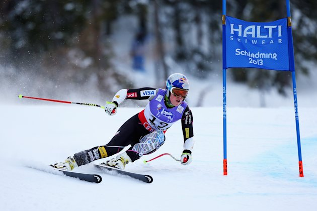 Lindsay Vonn of the United States of America skis before crashing while competing in the Women&#39;s Super G event during the Alpine FIS Ski World Championships on February 5, 2013 in Schladming, Austria. (Photo by Alexander Hassenstein/Getty Images)