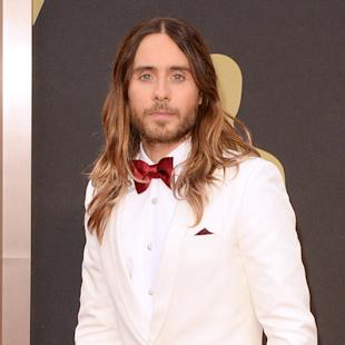 Jared Leto thinks Jennifer Lawrence faked Oscars fall