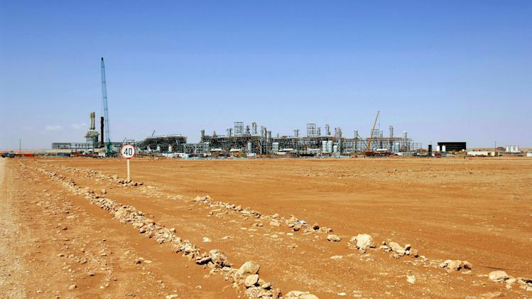 Foreign oil workers evacuated from Algeria