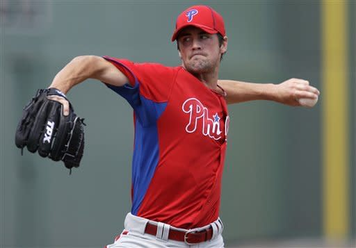 Hamels pitches well for Phils, Aceves hit hard