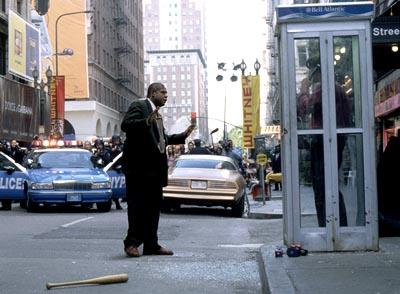 Forest Whitaker and Colin Farrell in 20th Century Fox's Phone Booth