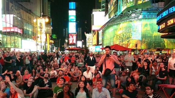 NASA New Year's Eve: Astronauts Will Ring in 2014 from Times Square