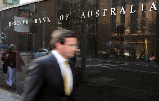 <p>A man walks past the Reserve Bank of Australia in Sydney. The bank held interest rates steady at 3.50% for a third consecutive month Tuesday, saying domestic indicators were encouraging despite a weakening global outlook.</p>