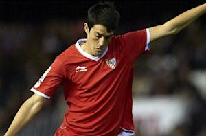 Liverpool completes signing of Luis Alberto from Sevilla