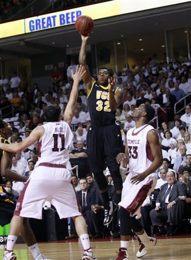 Temple uses big rally to beat No. 21 VCU 84-76