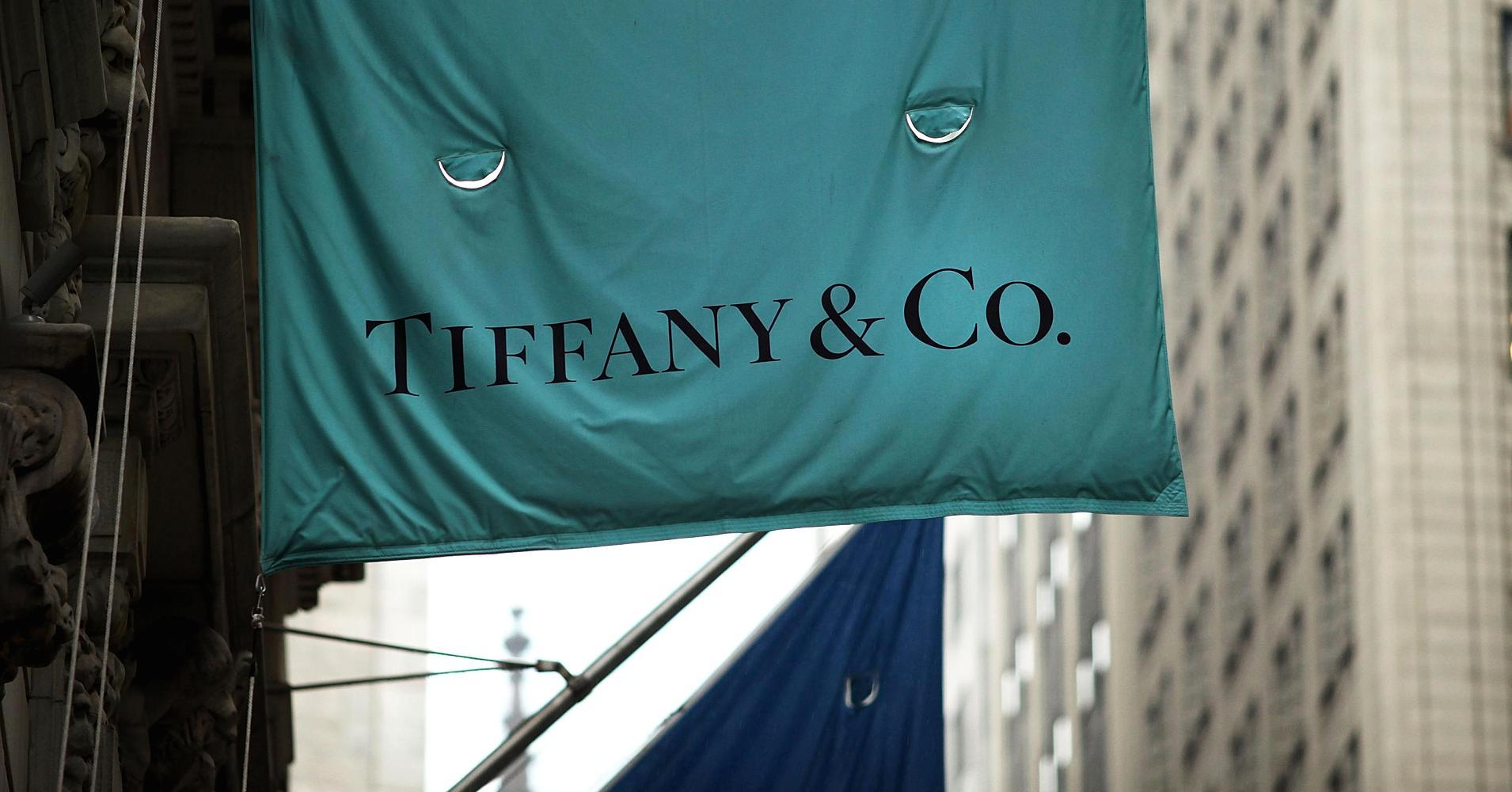 Tiffany earnings, revenue top estimates