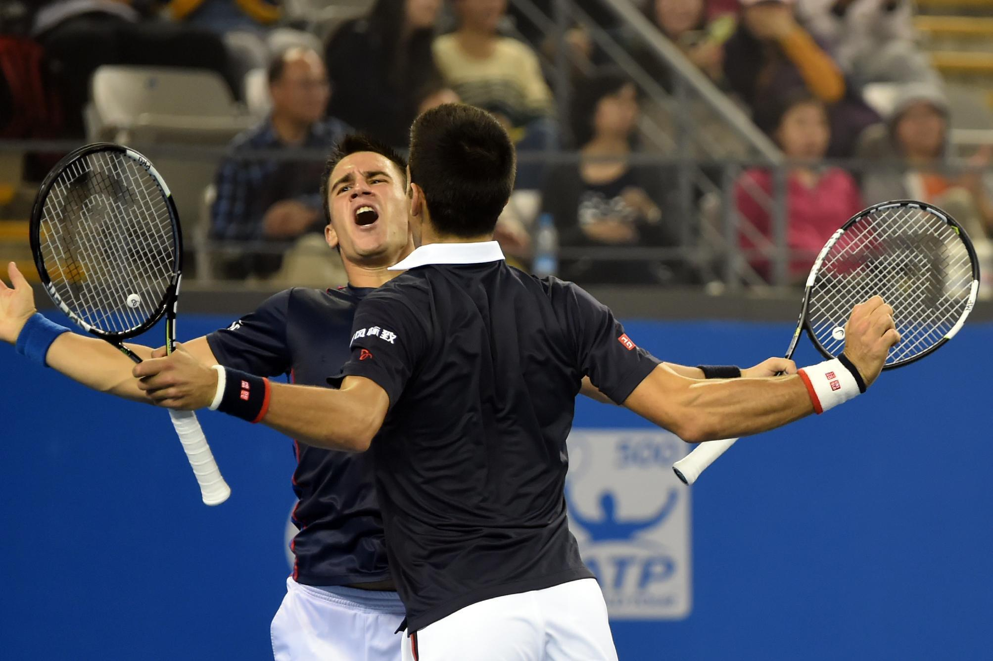 Doubles happiness for Djokovic brothers in China