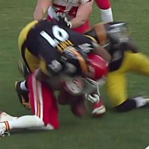 Kansas City Chiefs running back Jamaal Charles fumbles, Pittsburgh Steelers recovers