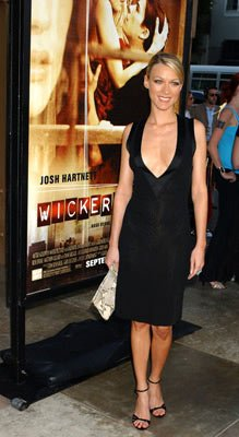 Premiere: Natalie Zea at the Hollywood premiere of MGM's Wicker Park - 8/31/2004