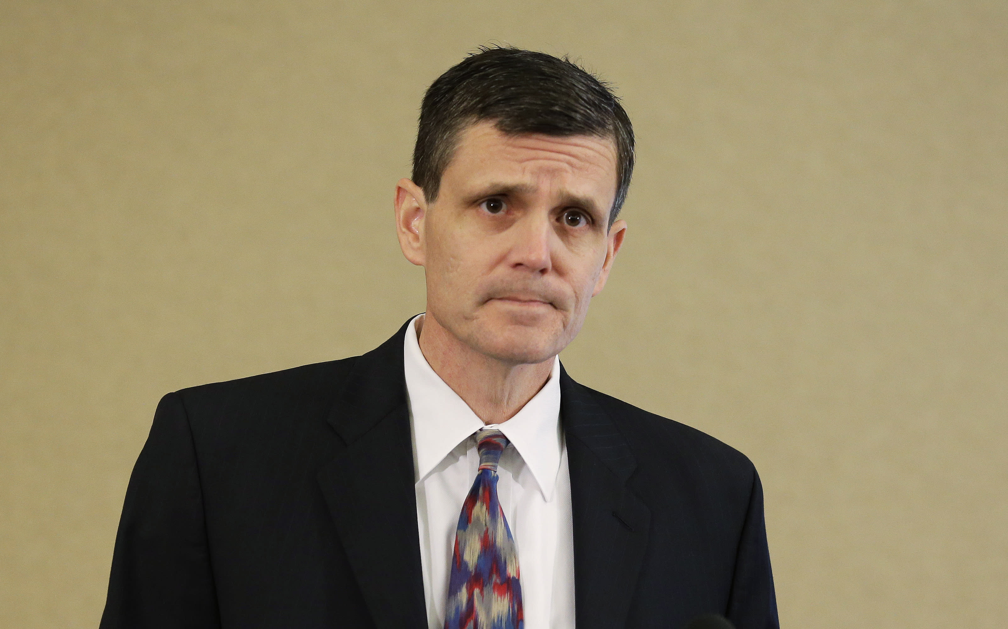 Washington governor repeats call for state auditor to resign