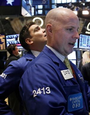 US market shakes off Greek worries and advances