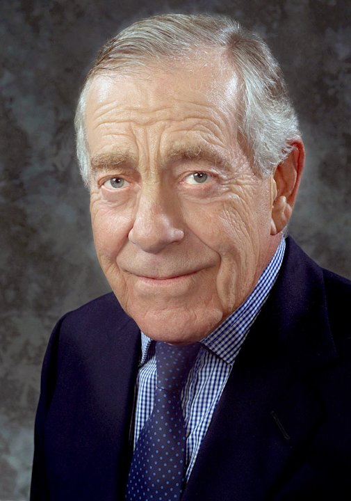 Morley Safer, correspondent for 60 Minutes on CBS.