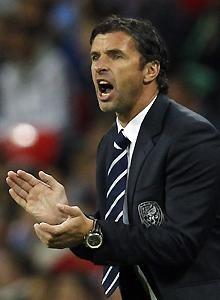 Gary Speed's apparent suicide stuns soccer world