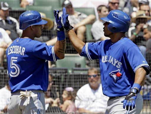 Blue Jays hit 4 homers to beat White Sox