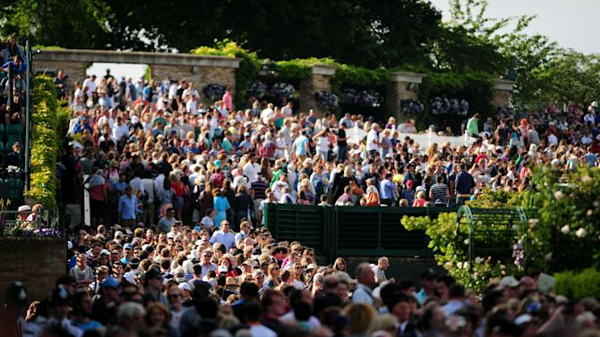 Tennis - 2013 Wimbledon Championships - Day Seven - The All England Lawn Tennis and Croquet Club