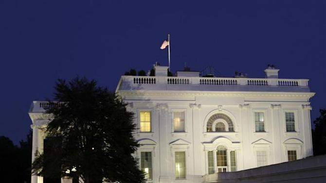 A general view of the White House in Washington September 30, 2013. REUTERS/Yuri Gripas