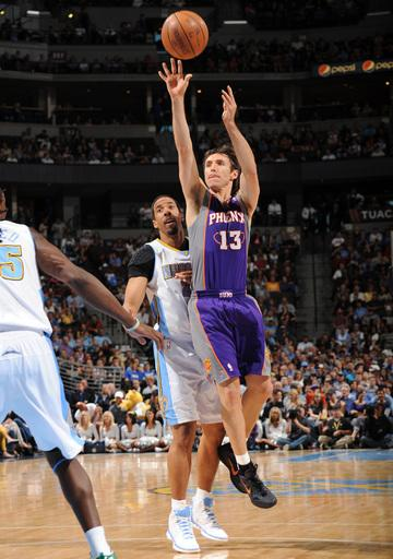 Afflalo's 30 lifts Nuggets past Suns, 105-99