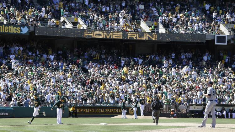 Sewage problem puts A's, M's in same locker room