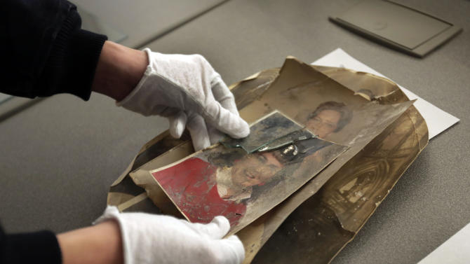 Snapshots of Sandy: Group restores victims' photos