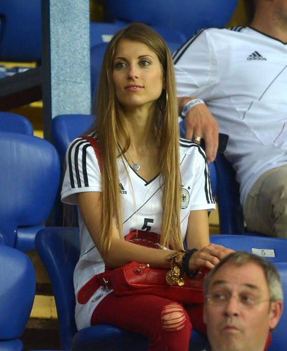 Las bellas de la Eurocopa 2012