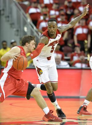 Ware returns, No. 3 Louisville routs Cornell