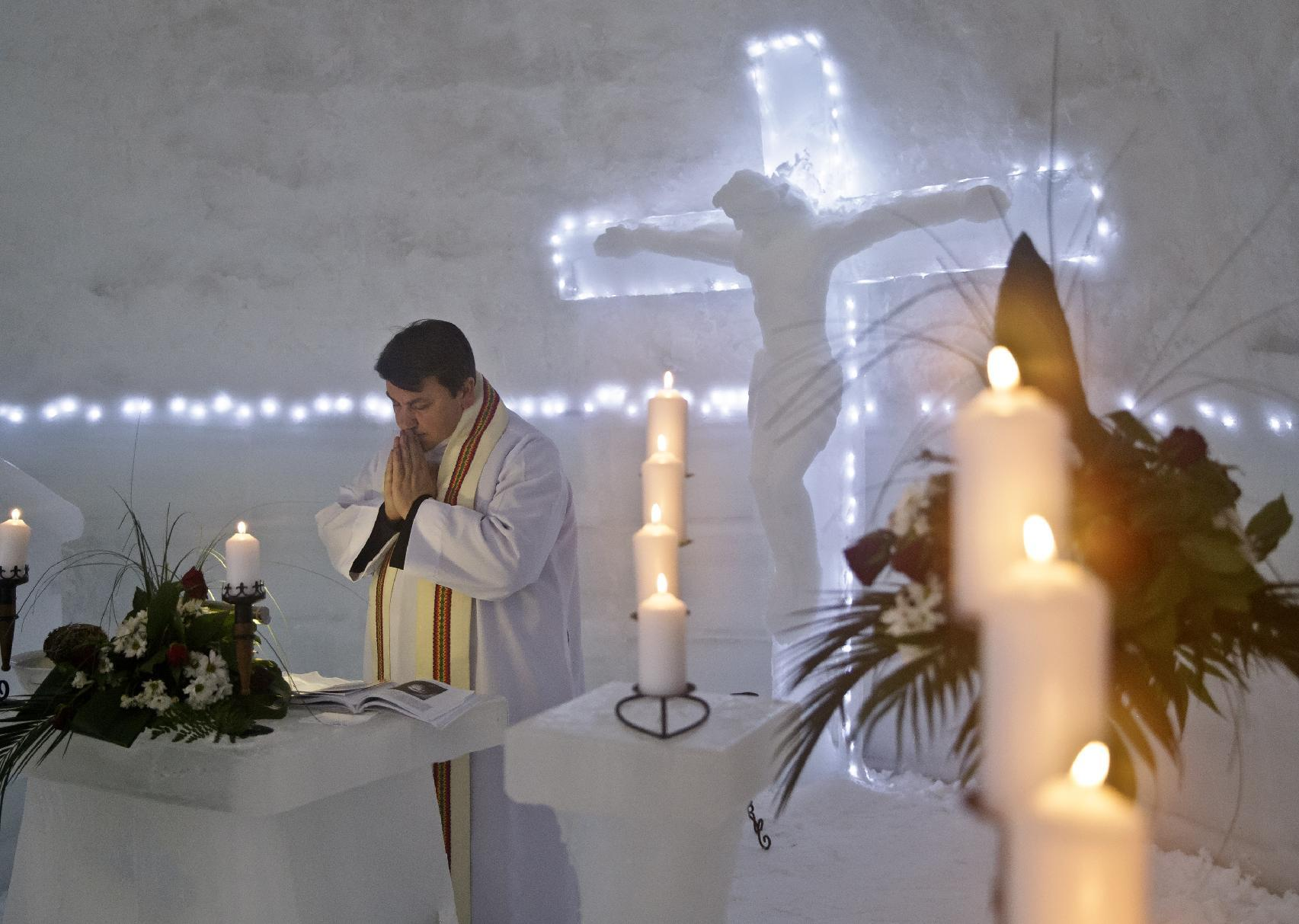 Romanian mountain Ice Church draws all types of Christians