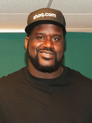 Dad of the Year and Hooters aficianado Shaquille O'Neal — Getty Images