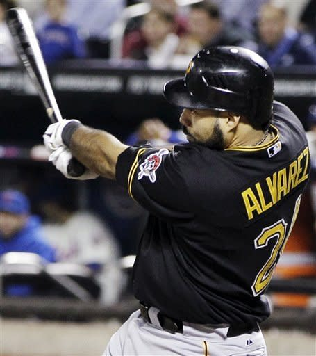 Alvarez homers, drives in 4 as Pirates beat Mets
