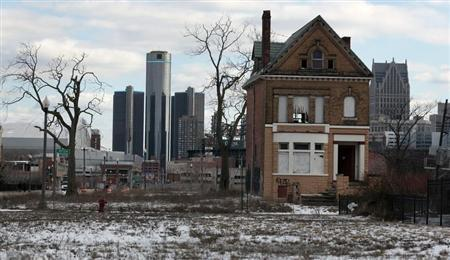 Treasury secretary to show 'commitment' to Detroit in visit