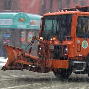 "NYC braces for ""historic"" snowstorm"