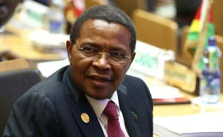 Tanzania's President Kikwete attends the Ordinary session of the Assembly of Heads of State and Government of the AU at the African Union headquarters in Ethiopia's capital Addis Ababa
